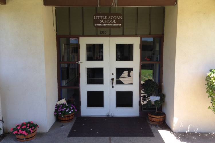 Entrance to Little Acorn.